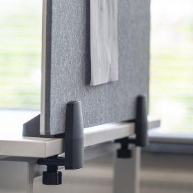 Scheidingsscherm combi whiteboard / prikbord - Incl. bureauklemmen voor enkel bureau - 58x75 cm